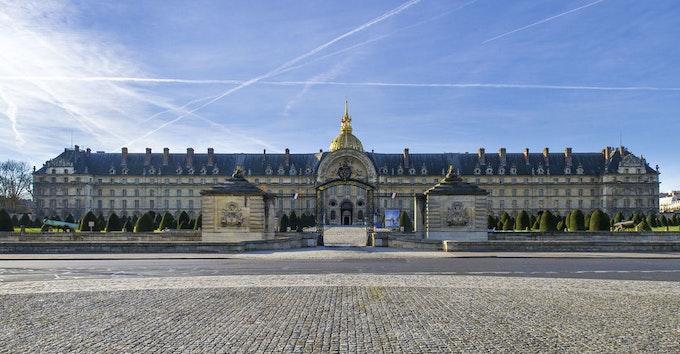 Les Invalides et le Musée de l'ArméeDu 10 Oct. au 26 Jan. 2020, Les Canons de l'élégance.