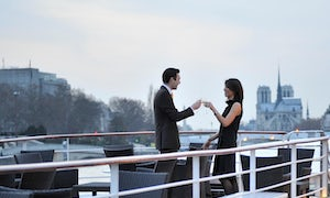 Luxury dinner cruise on the Seine river with Yachts de Paris