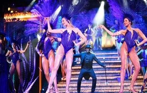 Lido Cabaret on the Champs-ElyseesParis Merveilles Show
