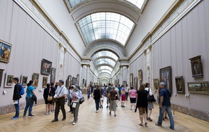 Louvre Museum | 2-Hour Small Group Guided Visit