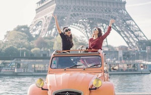 Vintage Car Tour with Parisitour